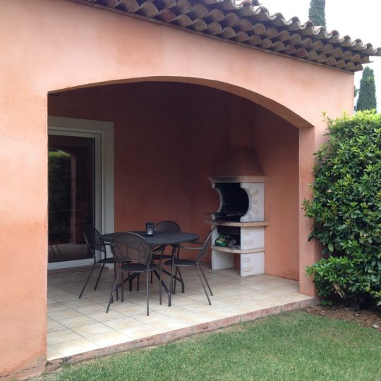 https://www.respelido.co.uk/wp-content/uploads/2016/02/location-vacances-terrasse-nice-540x540.jpeg