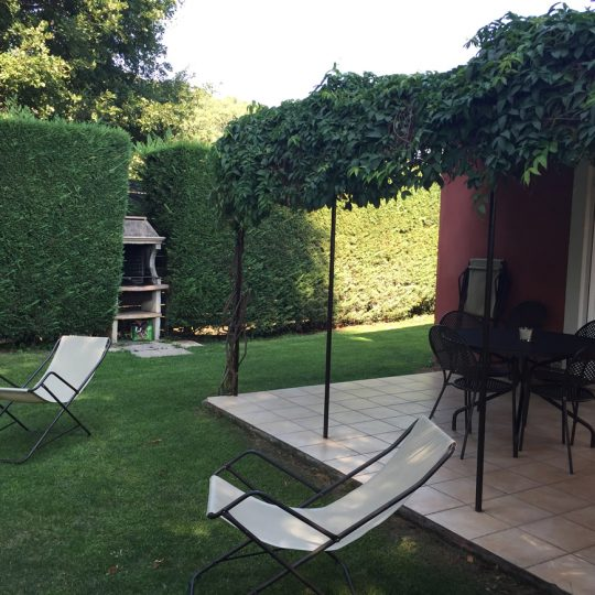 https://www.respelido.co.uk/wp-content/uploads/2016/09/terrasse-villa-de-vacances-en-france-540x540.jpeg